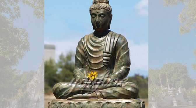 Antique outdoor eastern sitting bronze buddha statue