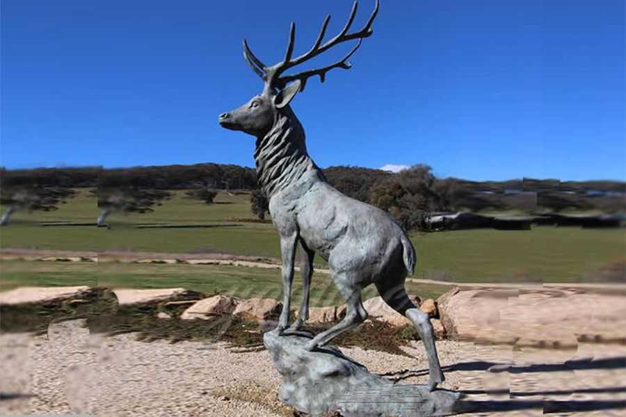 Outdoor Life Size Bronze Deer Statue
