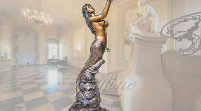 Garden decorative standing bronze mermaid statue with seashell