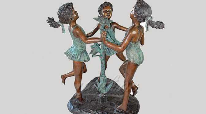 Life size playing casting bronze children sculpture with flowers