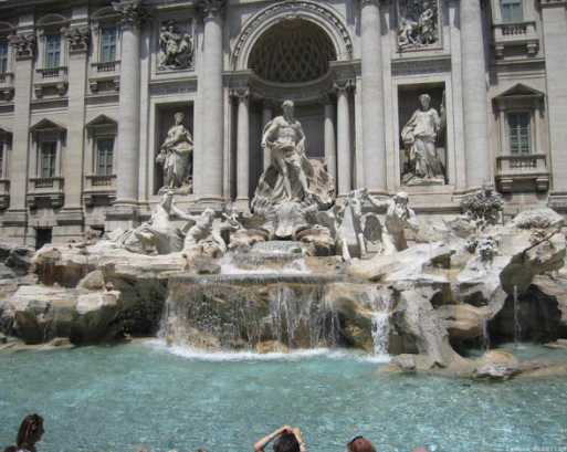 The Appreciation of World Famous Marble Fountain-Fontana di Trevi
