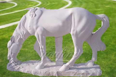 Garden outdoor marble horse statue