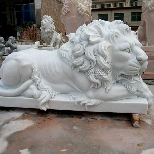 Life Size Outdoor Italian White Marble Lying Lion Statue Lion Garden Statues For Sale
