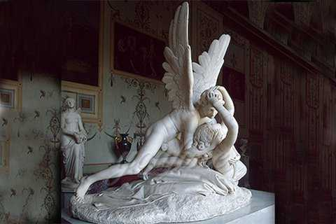 Hand carved famous marble statue of Cupid and Psyche