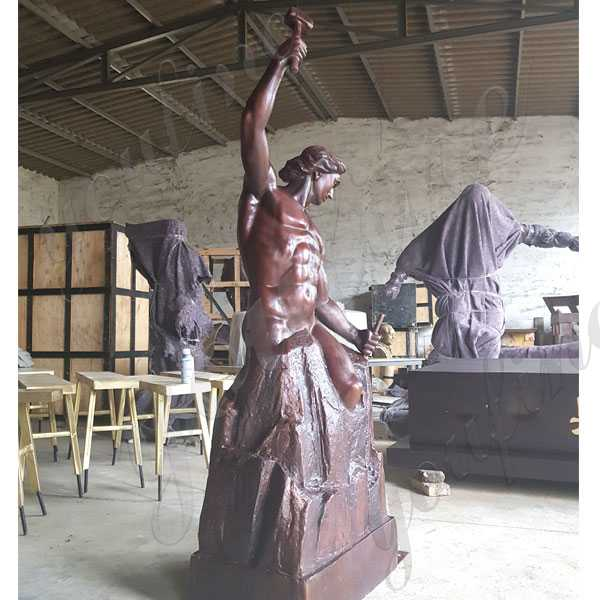 custom made bronze self made man statue replica bronze figure statue for sale