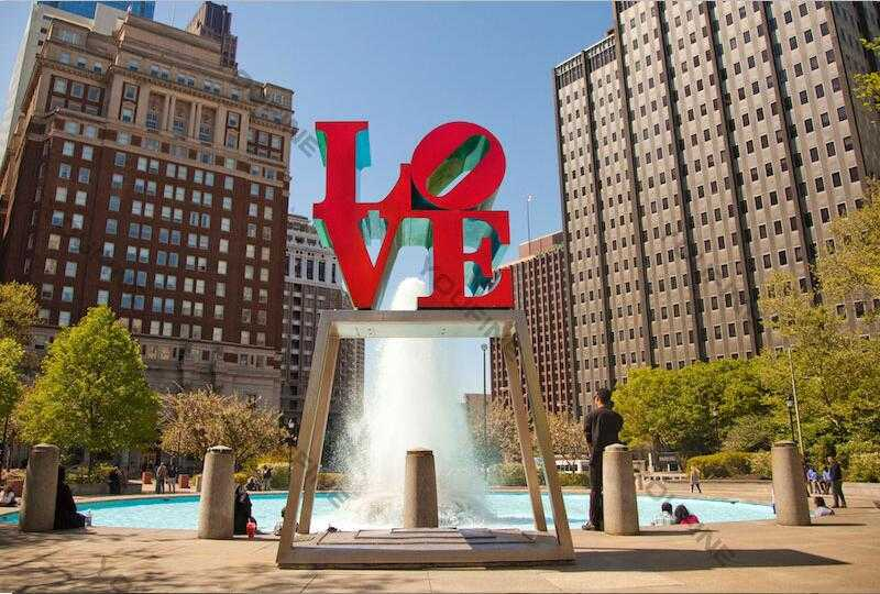 famous outdoor love sculpture font