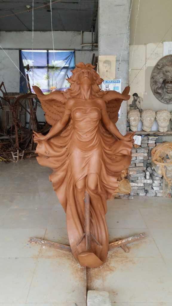 The Bronze Statue For America Customer