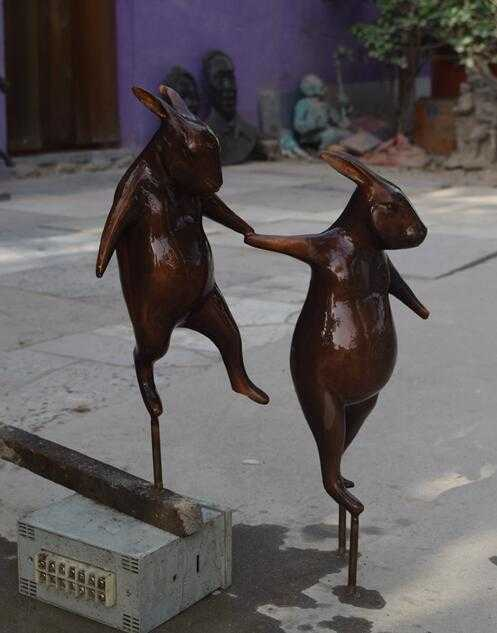 garden decor Bronze Rabbits Sculpture for Our Zelanian Client