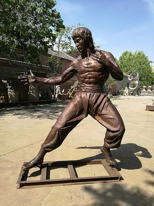 Outdoor Bruce Lee Bronze Sculpture For Sale