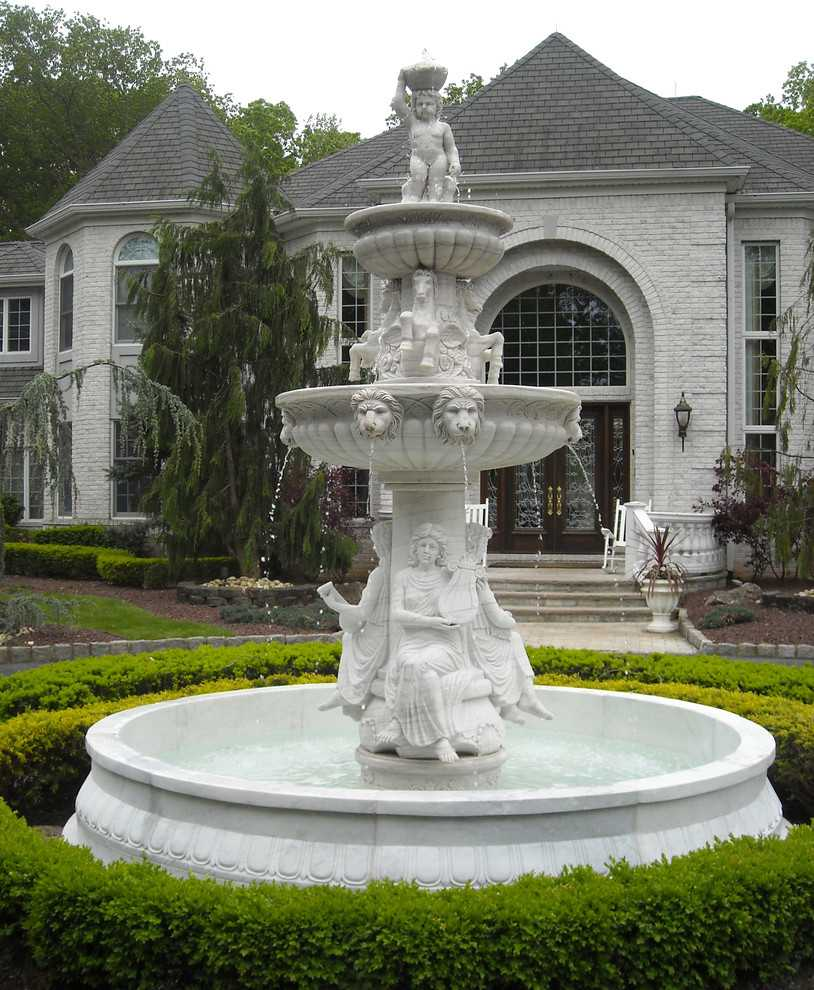 Install A Large Garden Lion Head Marble Foutain In Netherland
