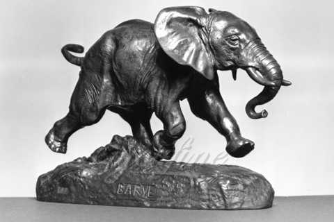 Lovely Metal Bronze Running Little Elephant Sculpture from Chinese Supplier
