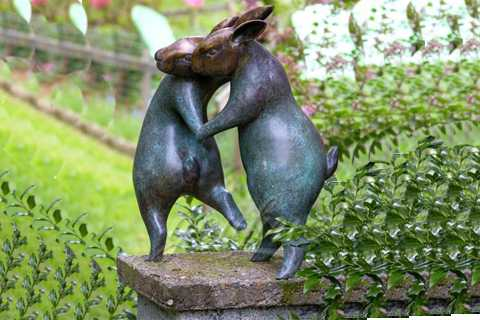 Bronze Life Size Rabbit Dancing Sculpture Garden Decor For Sale