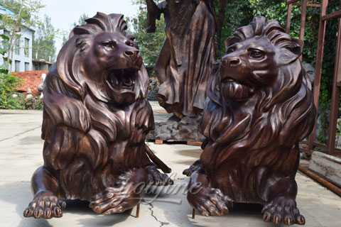 Abstract bronze lion statue for garden decor
