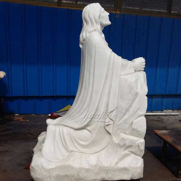 Outdoor Famous Life Size Catholic White Marble Jesus Kneeling in Prayer for Sale