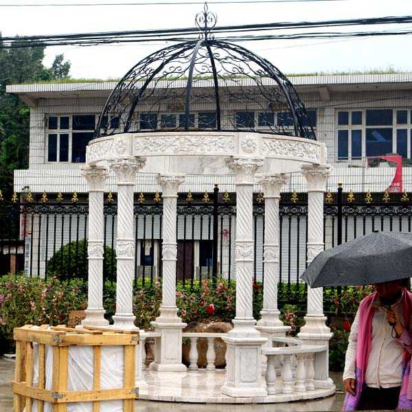 Popular outdoor garden ornament hand carved white stone marble gazebos for wedding ceremony decoration for sale