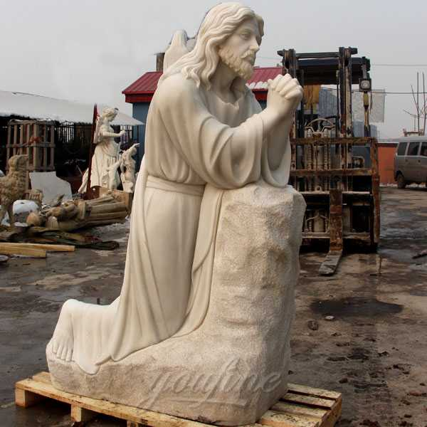 life size outdoor catholic statue kneeling in prayer Jesus statue for sale CHS-295