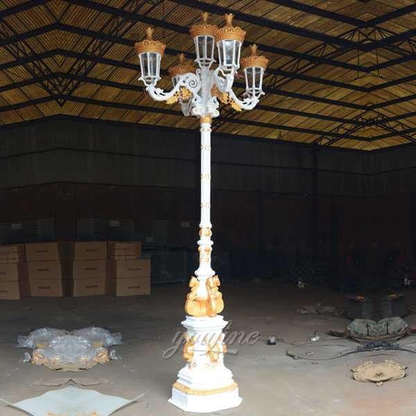 Modern garden wrought iron lamp post design for sale from China supplier–IOK-143
