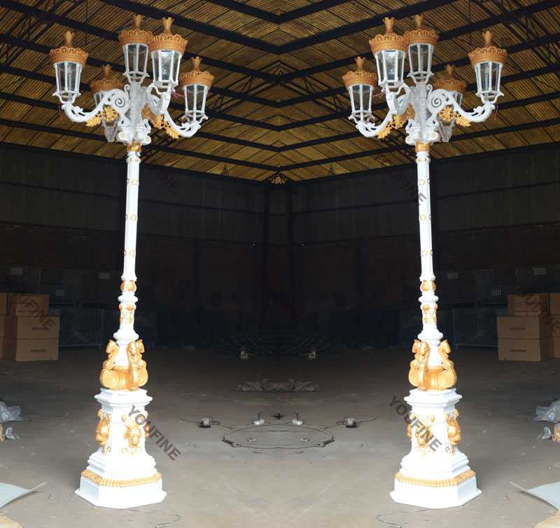 Modern Garden Wrought Iron Lamp Post Design For Sale From