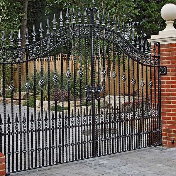 Vintage Estate Entrance Swing Wrought Iron Gates Design for sale IOK-188