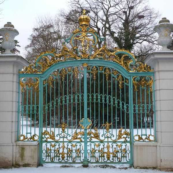 outdoor modern large decorative double metal driveway garden gates prices for sale you fine. Black Bedroom Furniture Sets. Home Design Ideas