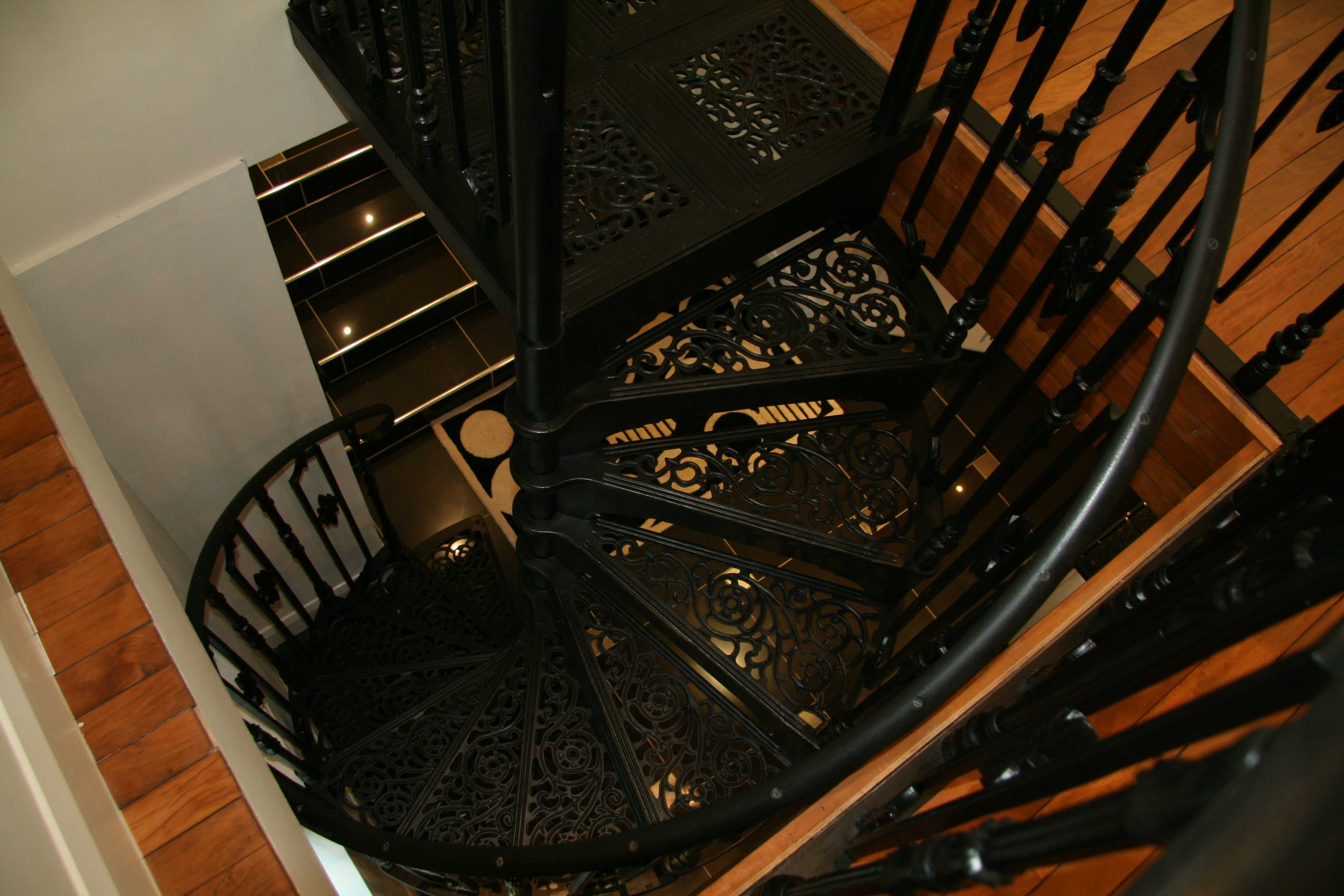 Black modern metal wrought iron round stair railings interior for sale–IOK-176