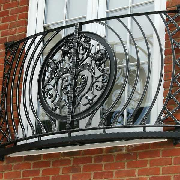 China factory custom supply wrought iron balcony railing aphrodite juliet design for sale–IOK-252