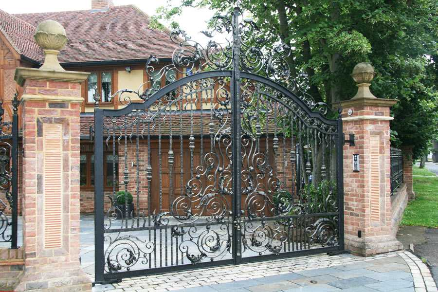 Decorative metal house gates front door entry gates for sale