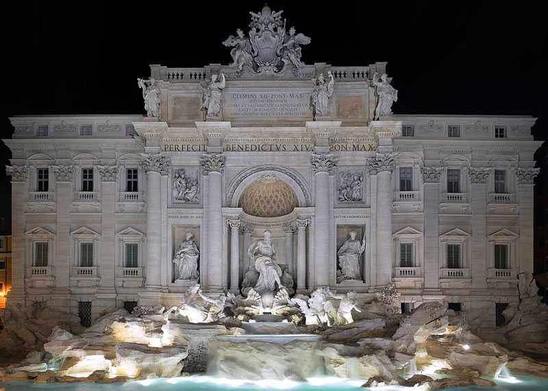 The Most Famous Marble Water Fountain in The World–The Trevi Fountain