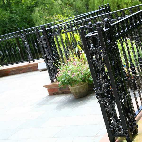 High quality cast iron outdoor metal railing patio fence design for sale–IOK-155
