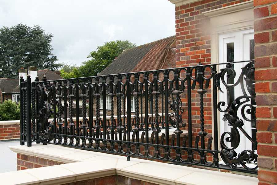 Home Custom Made Fence Wrought Iron Railing Design for Balcony Home Depot for Sale IOK-221