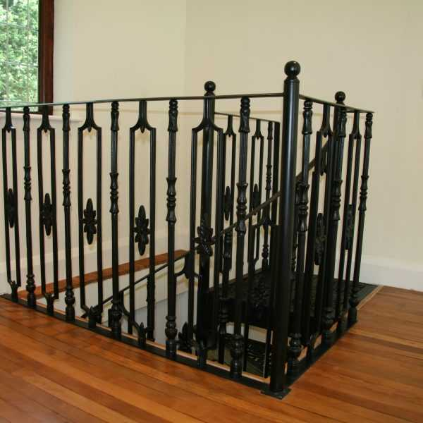 Kited & Combination Iron Staircases for sale