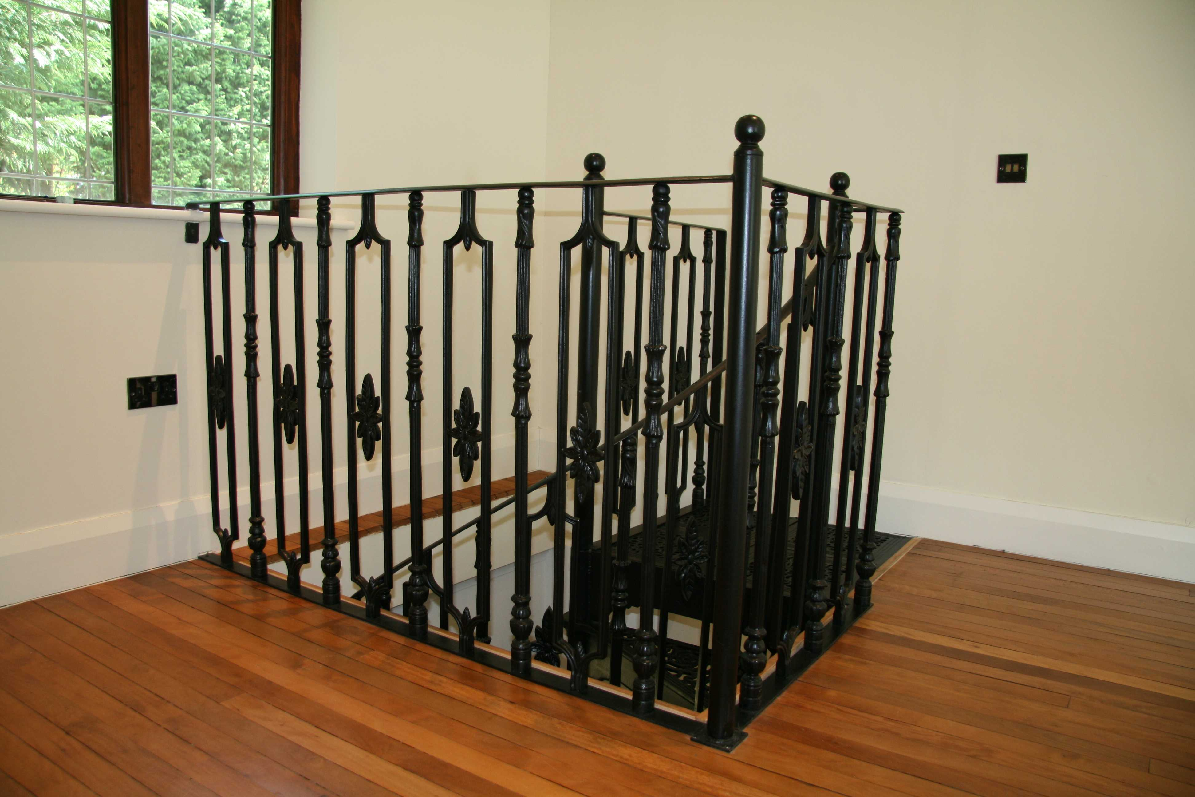 A better choice of iron staircase–Kited & Combination Staircases !