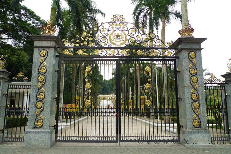 Modern-estate-entrance-wrought-iron-double-driveway-gate-designs-for-garden-cost-for-sale-IOK-183