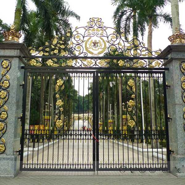 Modern Estate Entrance Wrought Iron Double Driveway Gate Designs for Garden for Sale–IOK-183