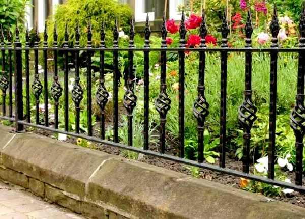 Modern ironwork fence cast iron railing designs for garden decor for sale--IOK-238