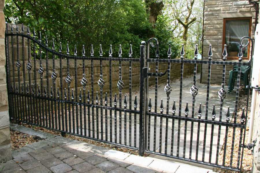 high quality wrought iron gate design for sale