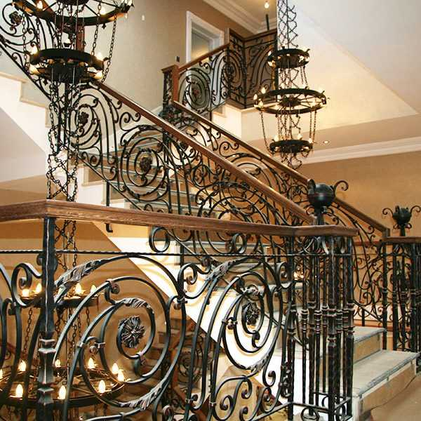 stunning-entrance-hall- for sale