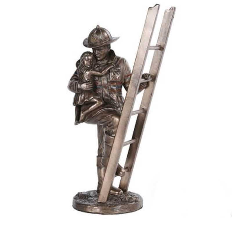 Casting Bronze Army Soldier Garden Statue Fireman Teamwork Firefighter Bronze Statue For Monument For Sale