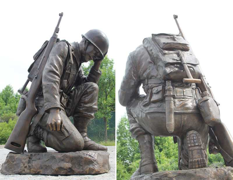 Casting bronze war garden statue life size kneeling soldier heavy sculpture monument for sale