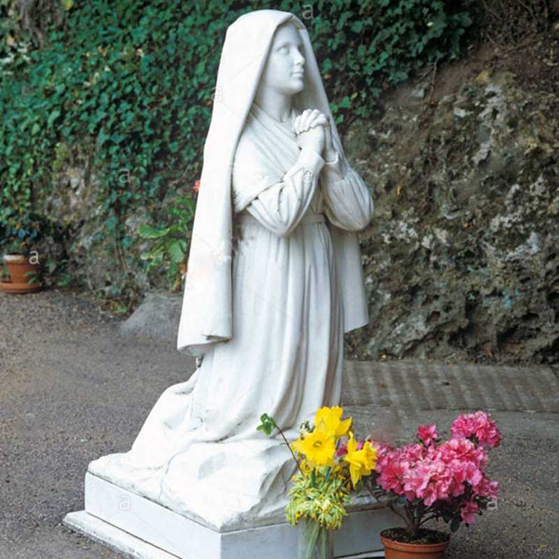 Life-size-famous-religious-statue-Catholic-statue-saint-bernadette-of-lourdes-design-for-church-for-sale