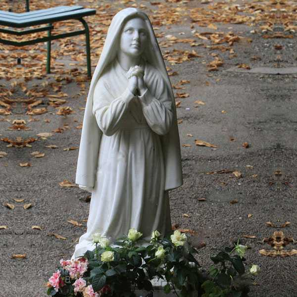 Life Size Famous Catholic Marble Statue Saint Bernadette of Lourdes Design for Church for Sale MOKK-703