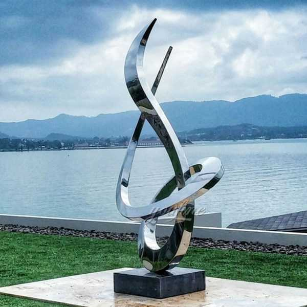 Popular-modern-style-outdoor-garden-decor-high-mirror-polished-stainless-steel-sculpture-designs