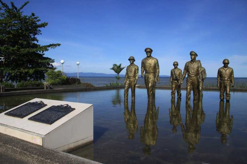 The MacArthur Landing Memorial Park with seven famous bronze statues