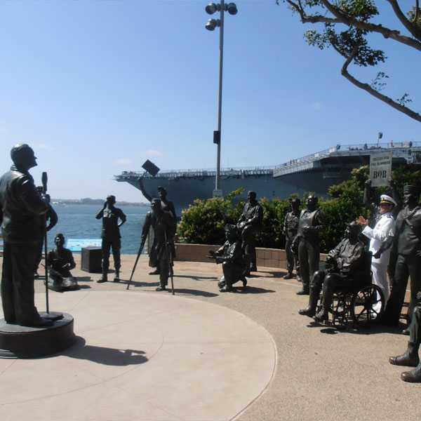 army soldier garden statues