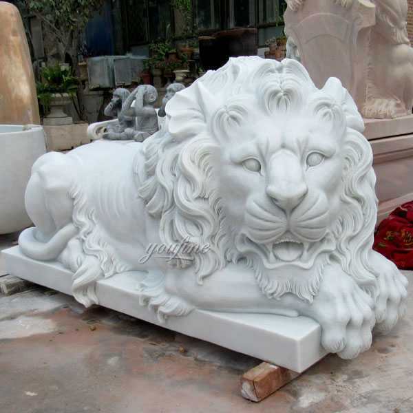 Life Size Outdoor or Indoor Italian White Marble Lying Lion Statue Lion Garden Statues For Sale--MOKK-109