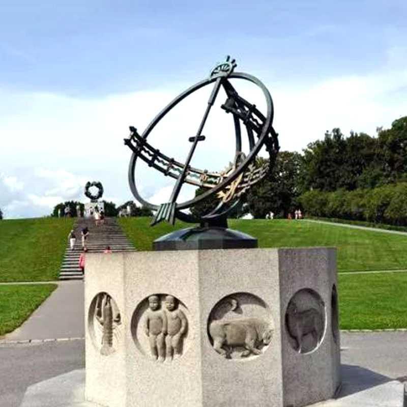 World most famous sculptures park Vigeland Sculpture Park