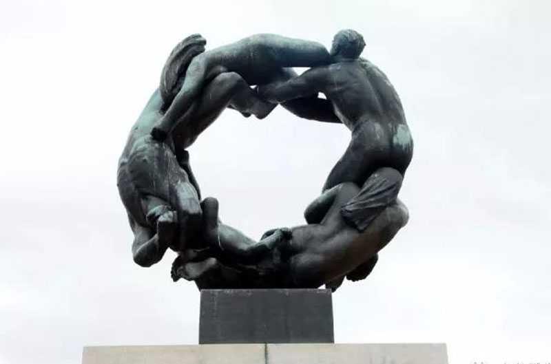 largest sculpture park Vigeland Sculpture Park