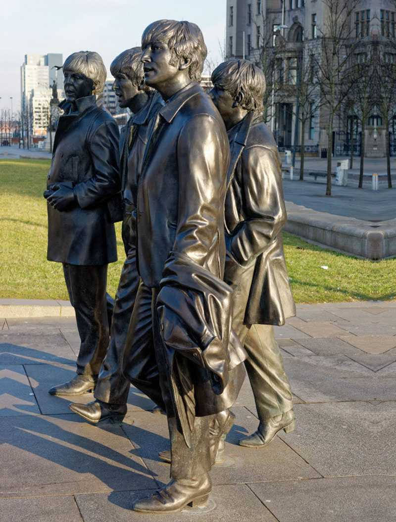 World famous singer team Beatles statue in liverpool life size bronze statue replica for sale