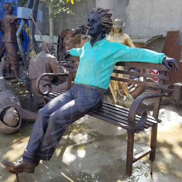famous bronze Albert Einstein Statue Art design replica for sale modern figure statue for garden decor