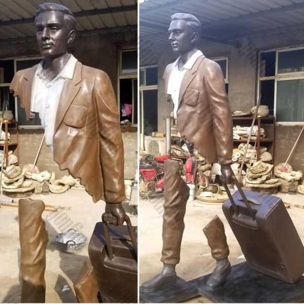life size famous bronze bruno catalano travellers replica design for sale